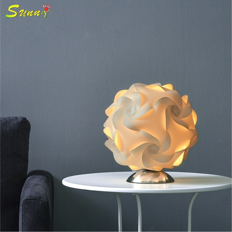 Modern Creative Flowers Lamp Designer Table Lamp Desk Lights for Living Room Bedroom Bedside Lamp Study Reading Home LightingModern Creative Flowers Lamp Designer Table Lamp Desk Lights for Living Room Bedroom Bedside Lamp Study Reading Home Lighting