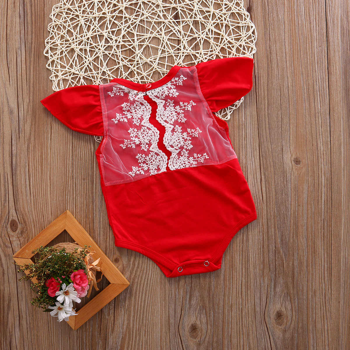 ทารกเด็กสาวๆมาใหม่ในช่วงฤดูร้อนบอดี้สูทเด็กวัยหัดเดินเด็กทารกแรกเกิดบอดี้สูทลูกไม้ดอกไม้J Umpsuitชุดเสื้อผ้า