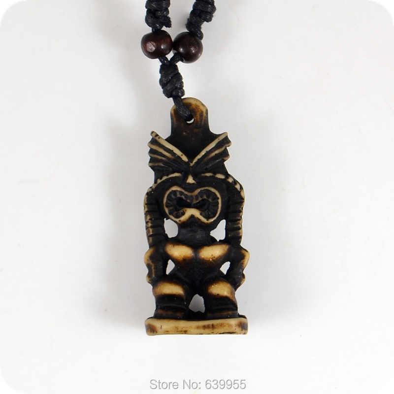 Tiki Harz Carving Anhänger Halskette Maori Amulett Glück Geschenk Tribal Totem Modeschmuck