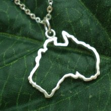 Outline Commonwealth of Australia Country Map Necklace Simple Adoption Continent Australian States Sydney Profile Necklaces commonwealth of thieves
