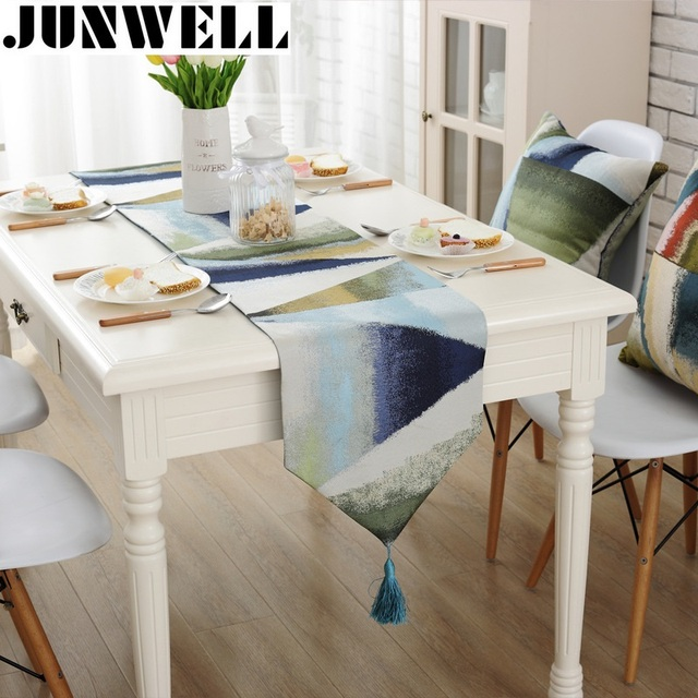 Junwell Fashion Modern Table Runner Colorful Nylon Jacquard Runner Table  Cloth With Tassels Cutwork Embroidered Table
