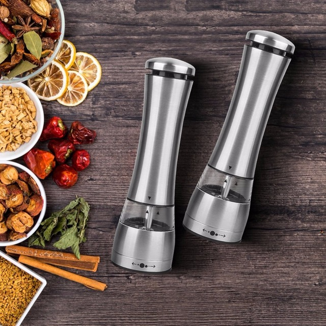 Electric salt and pepper grinder – battery operated with LED light
