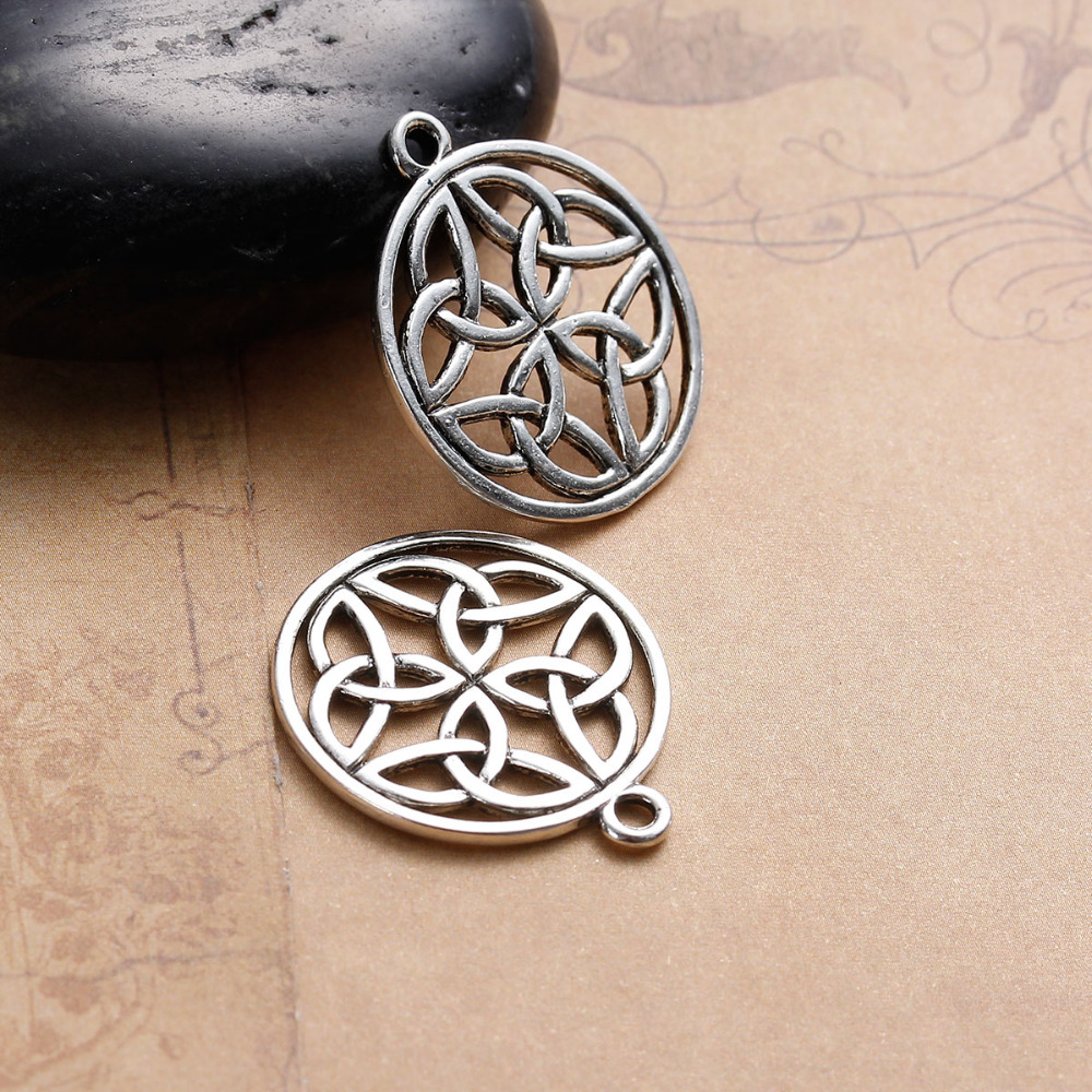 8 Celtic Cross Charms in Bronze Tone Metal 25mm