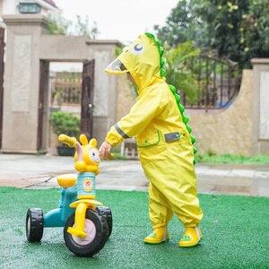 Image 1 - 2 9 שנות ילדי אופנתי עמיד למים סרבל מעיל גשם ברדס קריקטורה דינוזאור ילדים מקשה אחת גשם מעיל תינוק סיור ציוד גשם