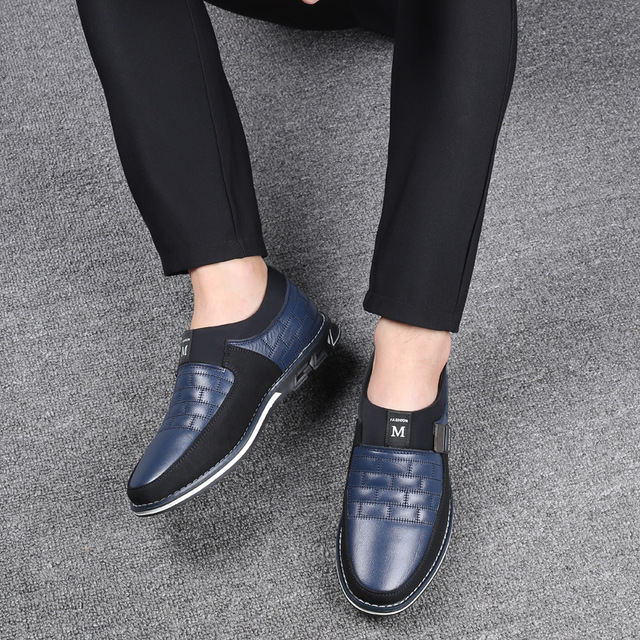 2019 г. Новые мужские кожаные туфли-оксфорды больших размеров 38-48 модные повседневные модельные туфли без застежки для формальных и деловых в... 1