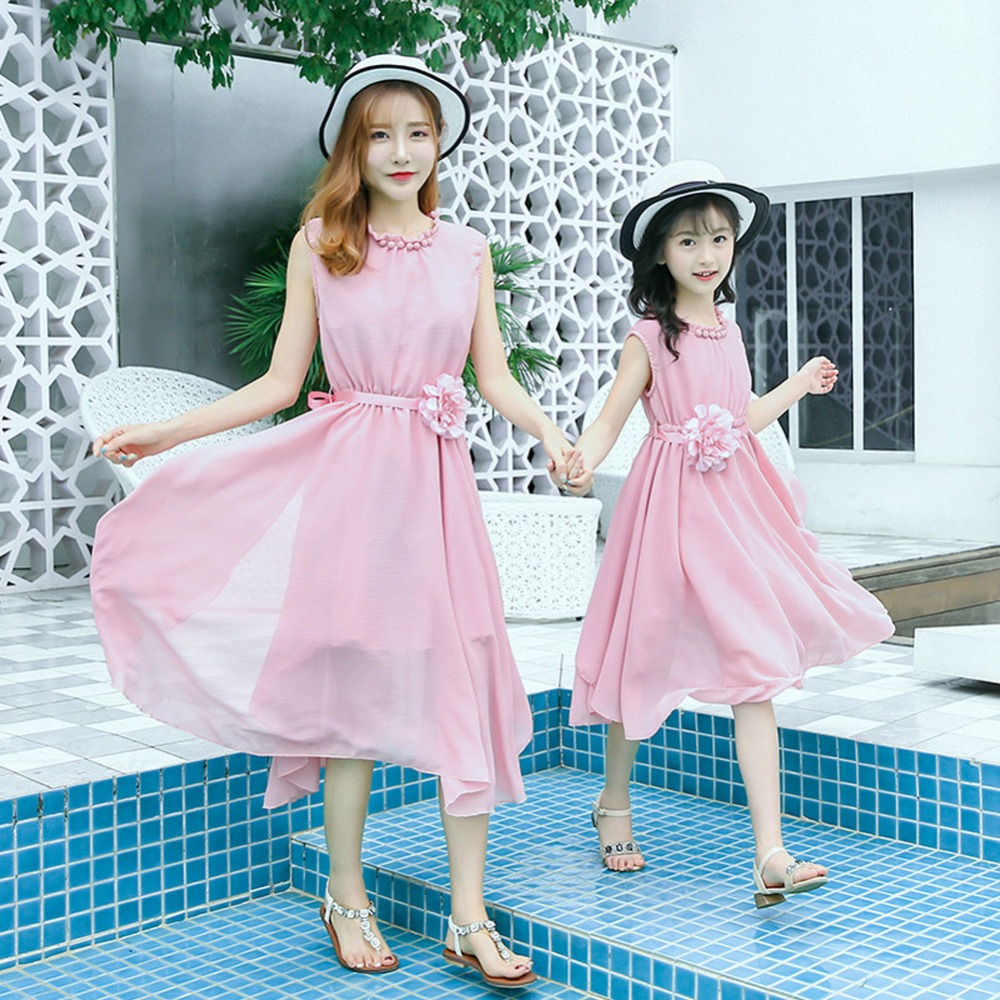 Mother and daughter dress 2018 summer Korean beach chiffon mother daughter dresses matching mother daughter clothes family look mother