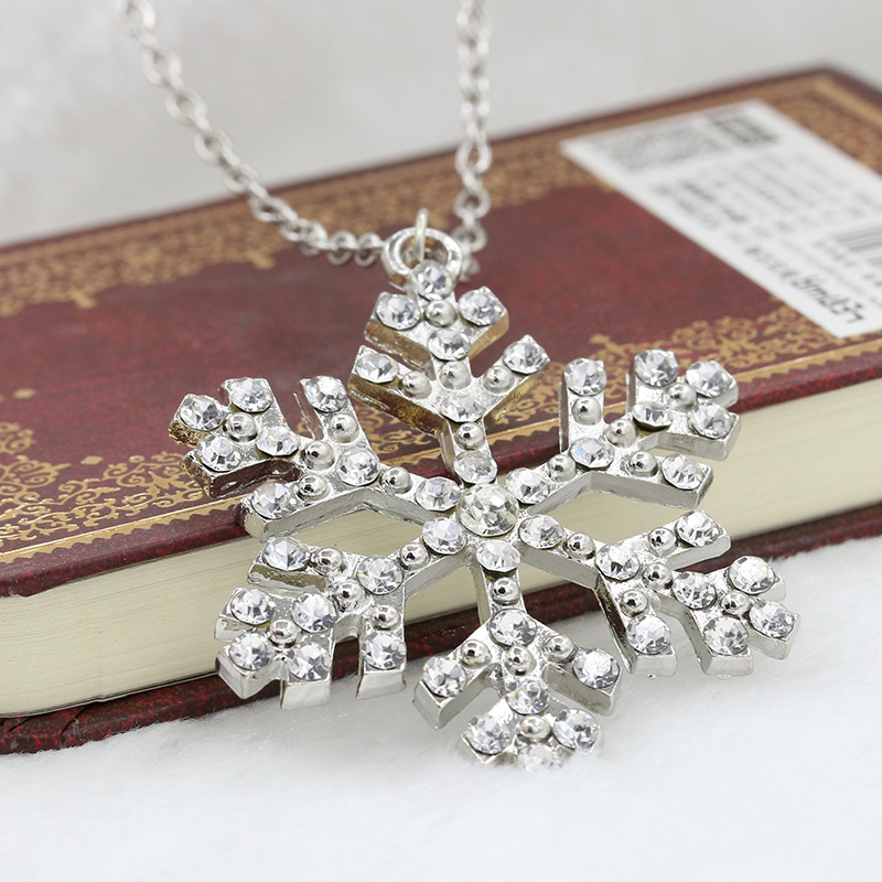 Rhinestone Snowflake Necklaces Silver Plated Crystal Pendant Charm Long Link Chain Women Sweater Necklace Christmas Jewelry