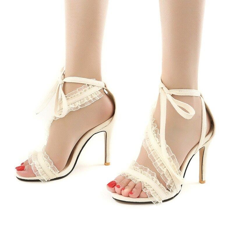 a0faf2463357b2 LALA IKAI Ankle Strap Rüschen Frauen Sandalen High Heels 11 cm Spitz Sommer  Flock Lace-