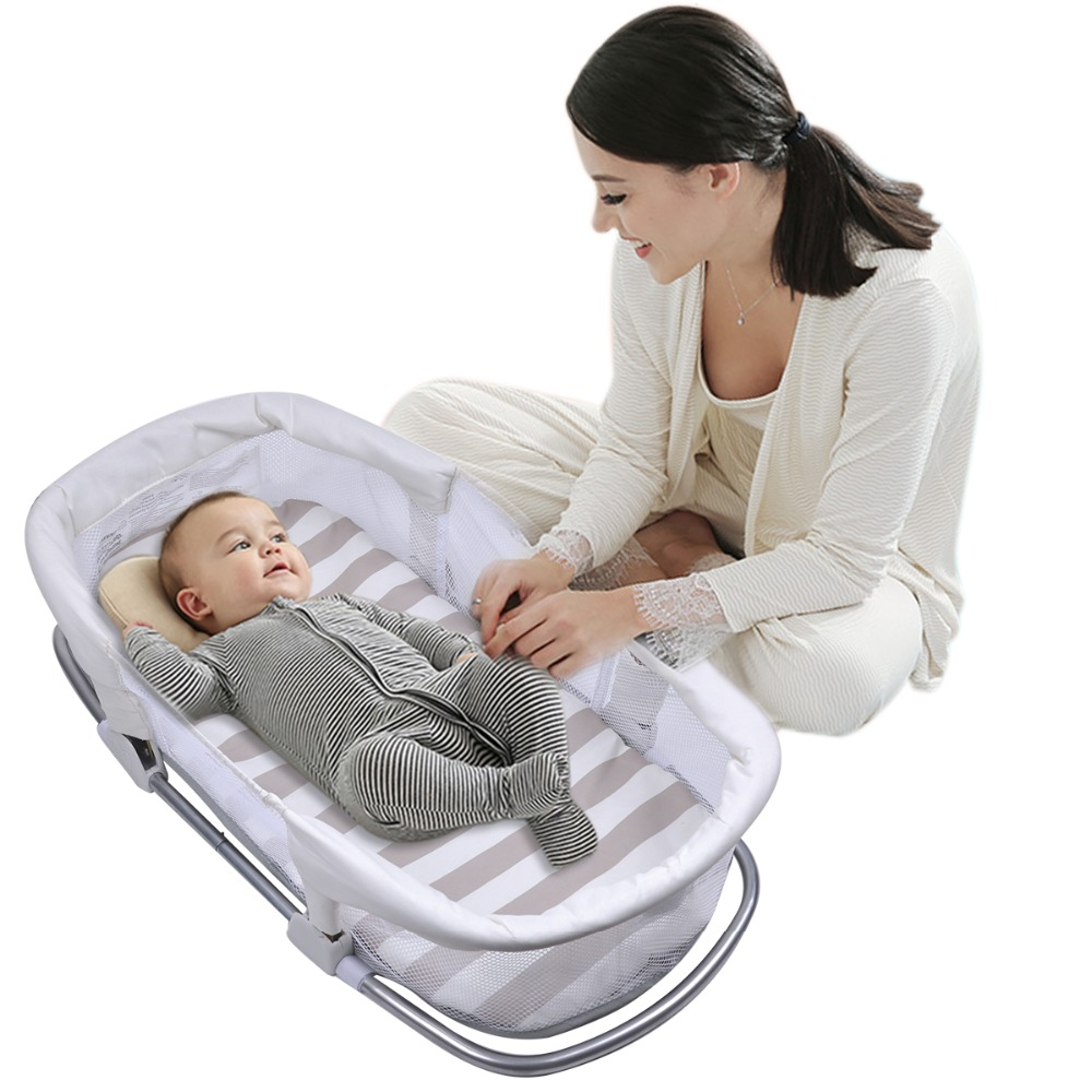 Newborn Folding Cribs with sponge mattress separated bed in bed Safe portable baby travel bed infant Cribs in bed with you свитер