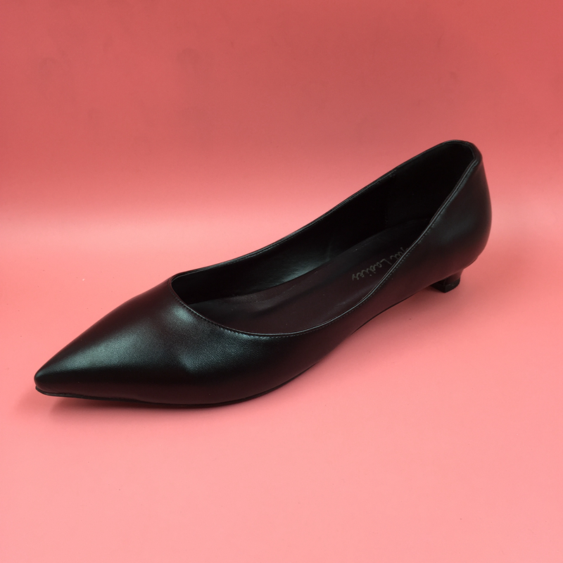 womens shoes black low heel