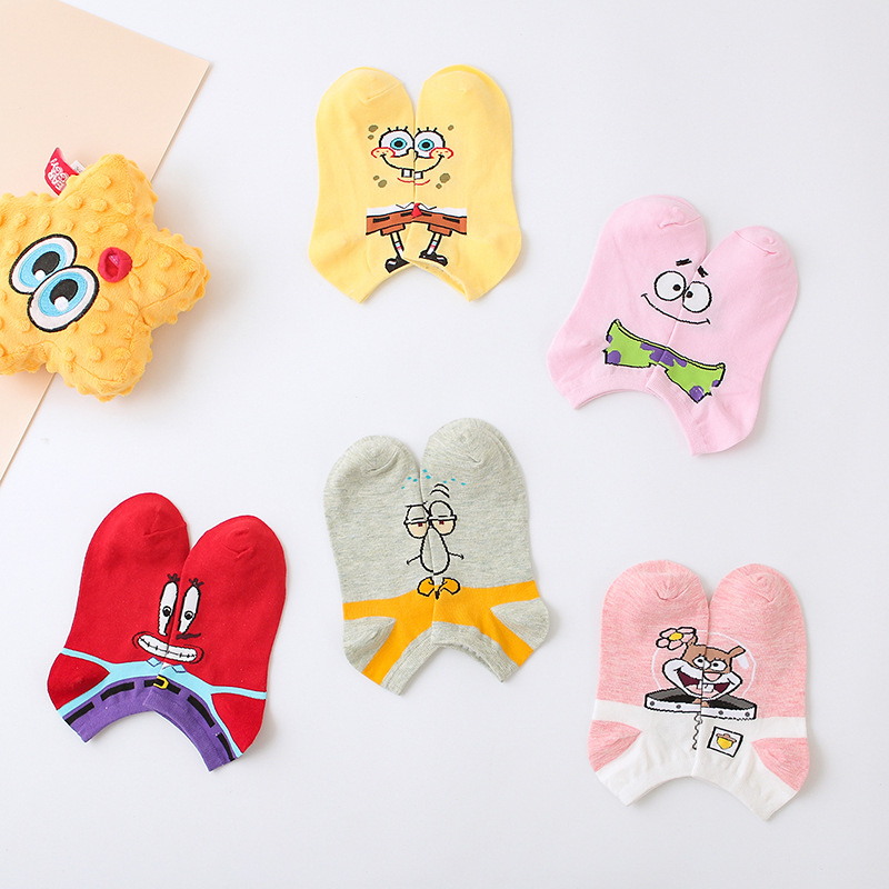 2019 Women's Fashion Classic Anime Cartoon Socks Cute Korean Women Style Ankle Socks Candy Color Fun Kawaii Novelty Girl Socks