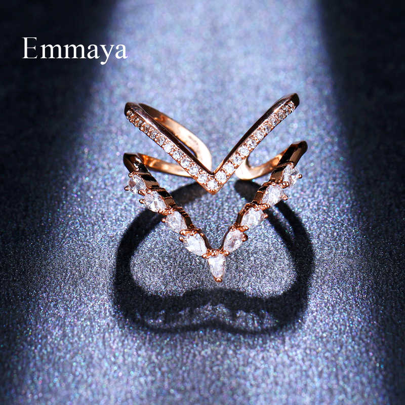 Emmaya เงา Taper รูปแบบ Cubic Zircon แหวน Rose Gold และ Silver สีสไตล์แปลกใหม่สำหรับปาร์ตี้