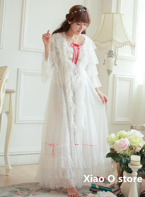 2016High Quality Lace Long Dress Girl Vintage Ankle-length Square Collar Ruffles Nightgown Princess wear robe long Women party,