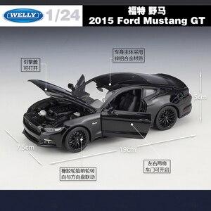Image 2 - WELLY 1:24 Scale Diecast גבוהה סימולציה דגם צעצוע רכב מתכת פורד מוסטנג GT קלאסי סגסוגת צעצועי רכב לבנים מתנות אוסף