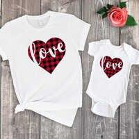 2019 mãe e filho roupas combinando família verão tshirt da menina do natal do bebê bonito topos mama mommy and me olhar família amor impressão