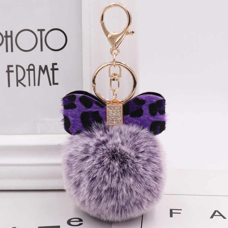 Moda Arco de Cristal Chaveiros Jóias Leopard Fluffy Faux Pele De Coelho Bola Pompom Chaveiro Mulheres Bolsa Pingentes Anel Chave Do Carro