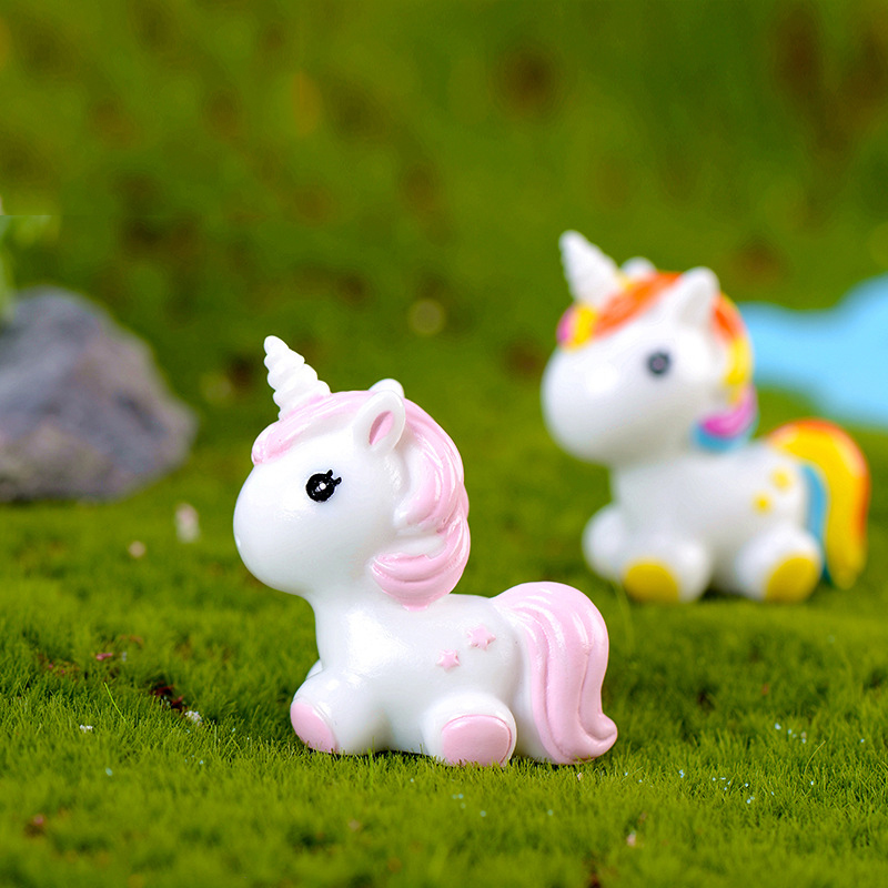 1 Pcs Cute Rainbow Unicorn Animal Miniature Garden Accessories Modern Fairy Garden Pop Miniature Figurines Fairy Garden Supplies