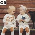 Primavera frete grátis & Outono letras crianças terno roupa do bebê do bebê do algodão terno bege longo-sleeved Moletons + calças 2 conjuntos