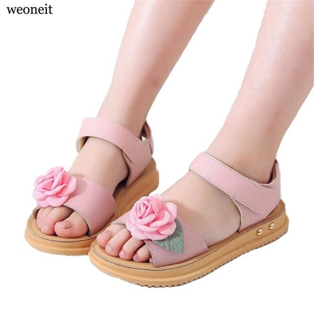 Weoneit Summer Style Children Sandals Girls Princess Beautiful Flower Shoes  Kids Flat Sandals 3 Colors Girls Sandals Size 26-37 1994edbf1db5