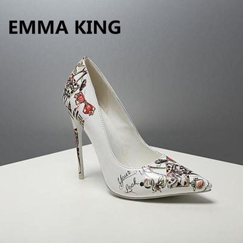 2019 г., женские туфли лодочки с принтом граффити, пикантные женские туфли из лакированной кожи на высоком каблуке с острым носком, белые туфли на шпильке, элегантная женская обувь - 5
