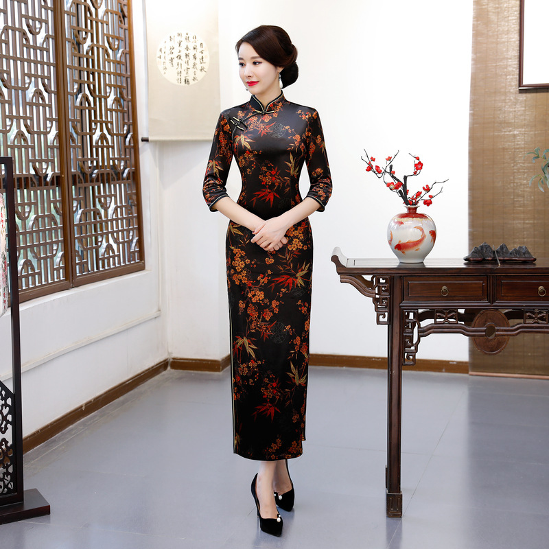 3eb5163db 2018 moda Vestido largo Cheongsam estilo chino mandarín cuello para mujer  primavera Velour Qipao ...