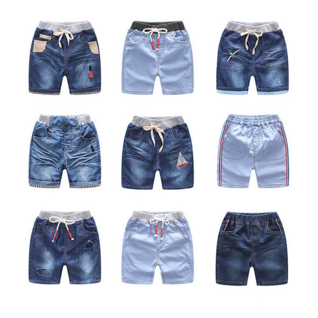Calças De Brim Buracos Shorts Jeans infantil das crianças de Verão Novos  Modelos Meninos Finos Shorts af6f8c7b5caea