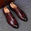 Vestido de boda de los hombres de negocios de moda del dedo del pie puntiagudo zapatos de cuero genuino pisos oxfords de zapatos de encaje hasta zapatos hombre transpirable verano