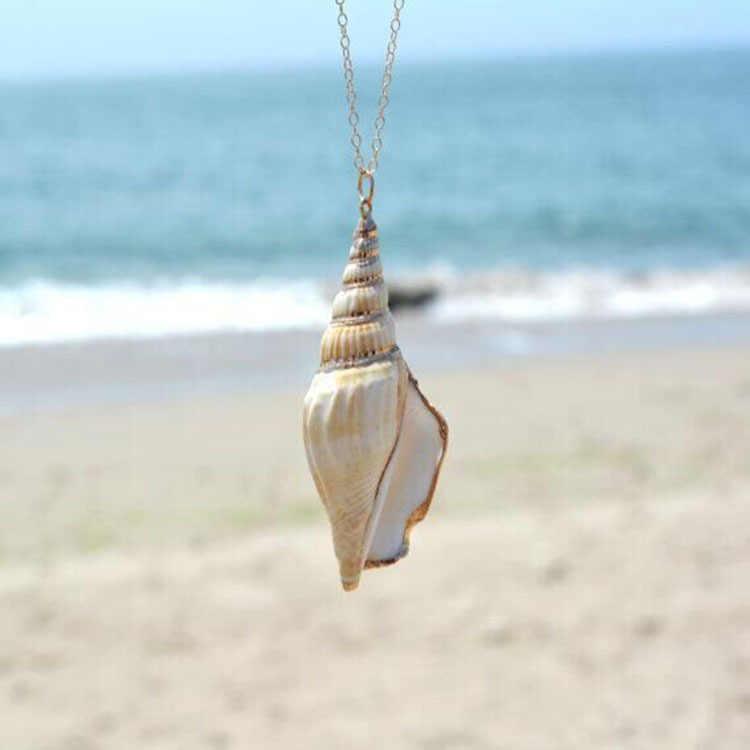 X132 新貝殻チョーカーネックレス女性のための黄金の襟ネックレスシェルペンダントチェーンネックレス自由奔放に生きるジュエリー