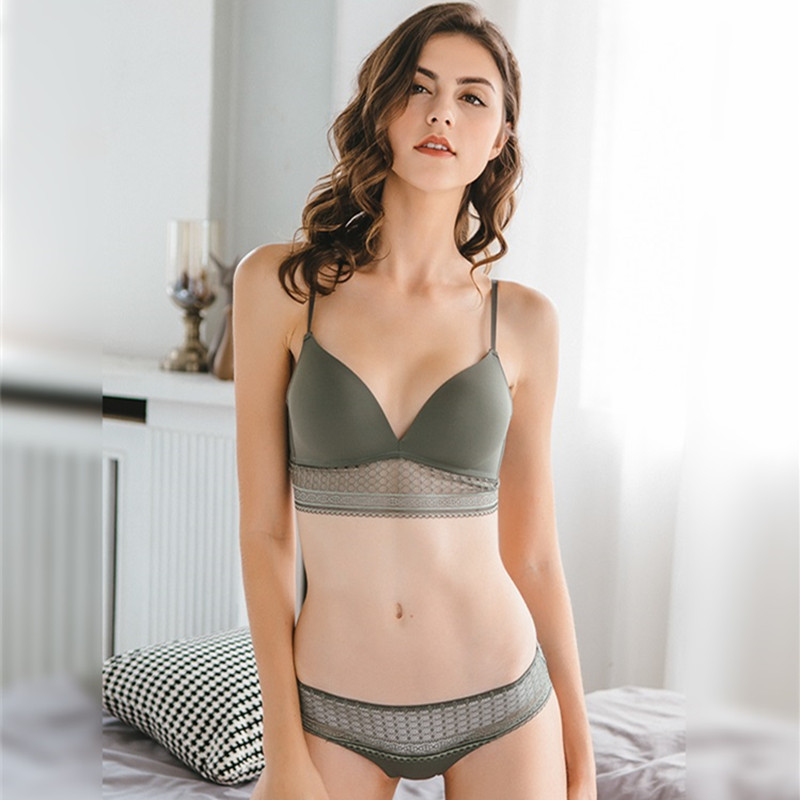 CINOON Women sexy glossy bra sets Fashion V-neck 3/4 cup Underwear Set Push up brassier Wire Free bra and panty set Lingerie Set