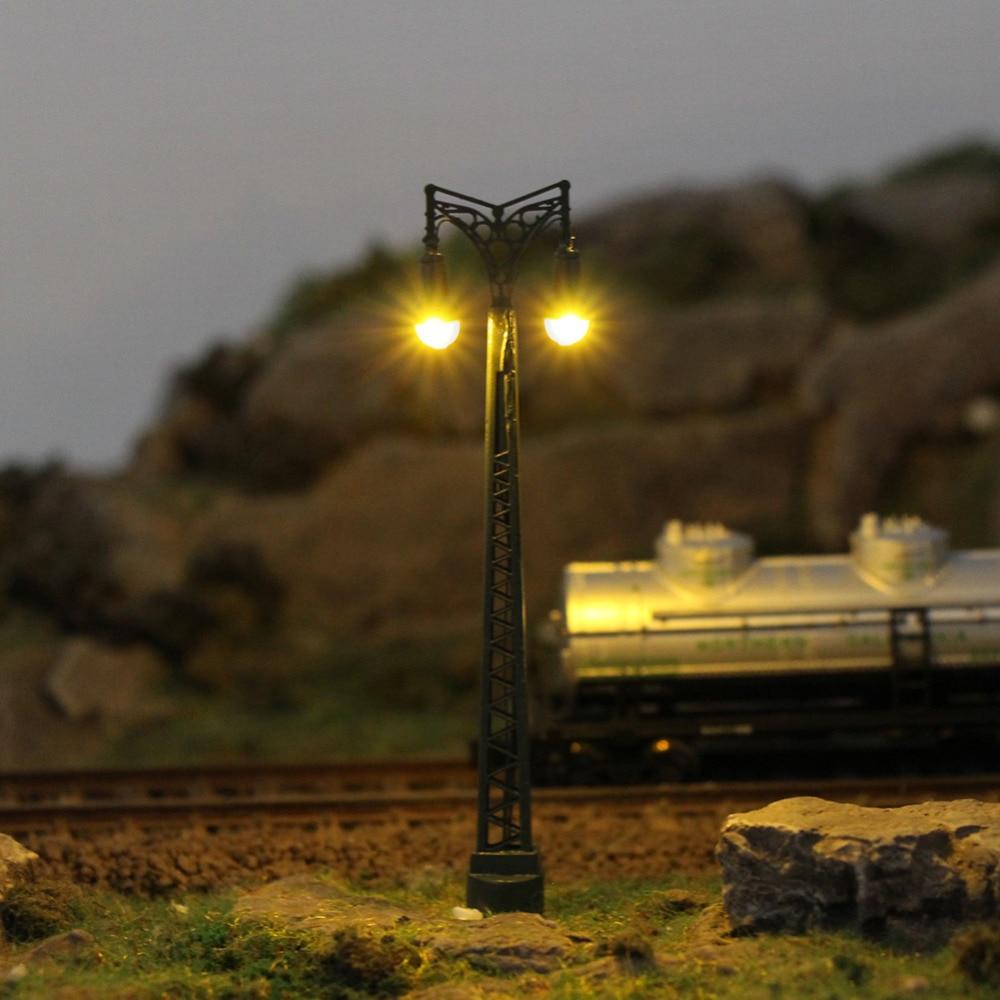 3pcs Model Railway Train N Scale Lamp Post 7cm 1:150 Two-heads Street Lights Post LEDs Miniature LQS66N