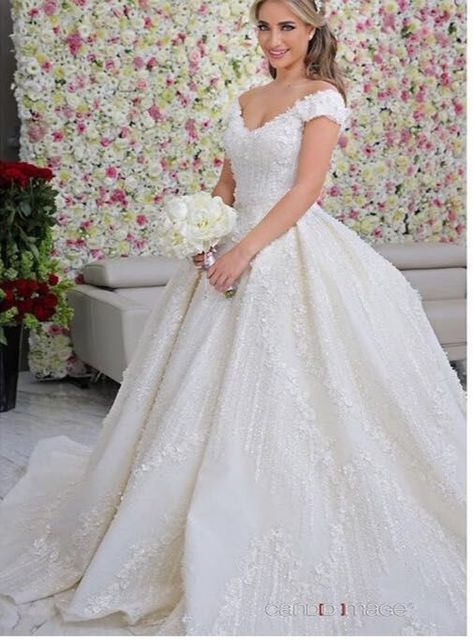 Luxury Handmade Embroidery Wedding Dress Arabic Plus Size Bridal Gowns With Flowers Wedding Dresses Turkey