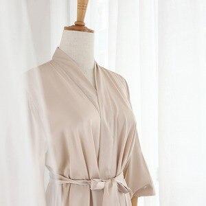 Image 3 - Jrmissli logotipo personalizado equipe de cetim noiva robe quimono casamento da dama de honra robe roupão feminino vestidos de seda sleepwear