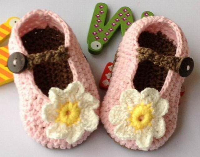 Handmade Vintage Crochet Baby toddle girl Shoes flower appliques footwear for beanie 0-12 Months Ivory pink grown xmas hot sale