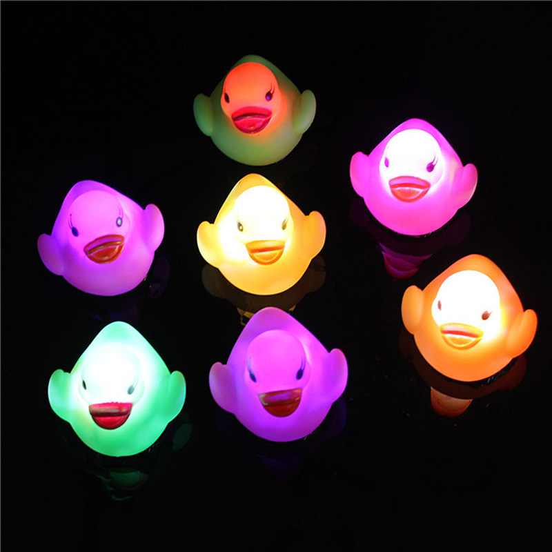 Baby Bath Toy Multi Color LED Lamp Light Yellow Duck Baby Bathing Toy Flashing Light Toy for Kids Chilren Party Christmas
