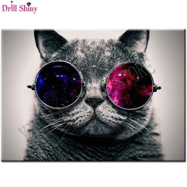fd5f6937ff786 5D DIY Wearing glasses of cat Diamond Painting Cross Stitch Mosaic Home  Decor Full Round Diamond Embroidery Animals Craft Gift