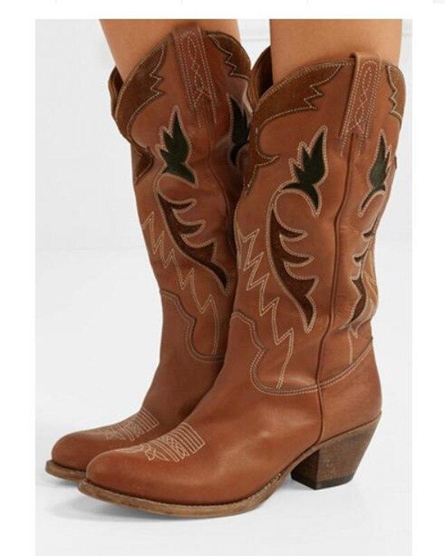 Zapatos mujer новые в стиле ретро ковбойские ботинки женские вышитые кожаные сапоги до колена водонепроницаемые мокасины на среднем каблуке без