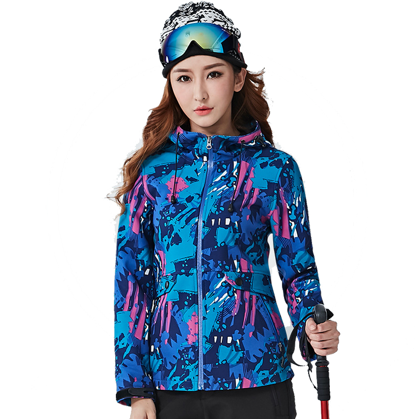 Women Spring Autumn Softshell Fleece Jacket Outdoor Sports Camouflage Thermal Windbreaker Hiking Camping Fishing Coat