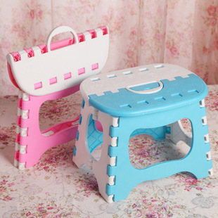 Cute Portable Plastics Folding Stool Cartoon Ottomans Outdoors Fishing Study Dinner Children Stool cartoon animal patern children stool kid seater portable fishing stool living room furniture children ottoman bathroom stool