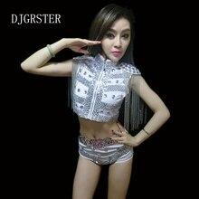 Djgrster 2018 sexy mujeres danza jazz traje lentejuelas escudo shorts +  traje DJ escenario trajes para cantantes hip hop danza t. 3d1ef34040c