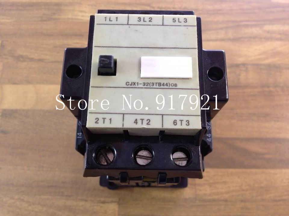 [ZOB] 3TB44 DC110V 3NO+2NO+NC 22E to ensure genuine DC contactor --2pcs/lot