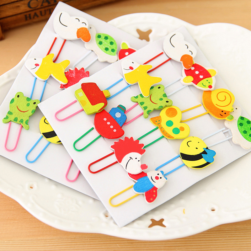 12 PCS Student Cartoon Wooden Clips Painted Lovely Animal Paperclip Bookmarks Clips Learning Office Supplies A Set Of 12 Colors