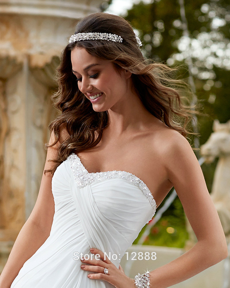 Simple White Dress Empire Chiffon Cheap Price Bohemian Wedding Gown Court  Train Custom Wedding Dresses Pregnant-in Wedding Dresses from Weddings    Events on ... 7d8710783b06