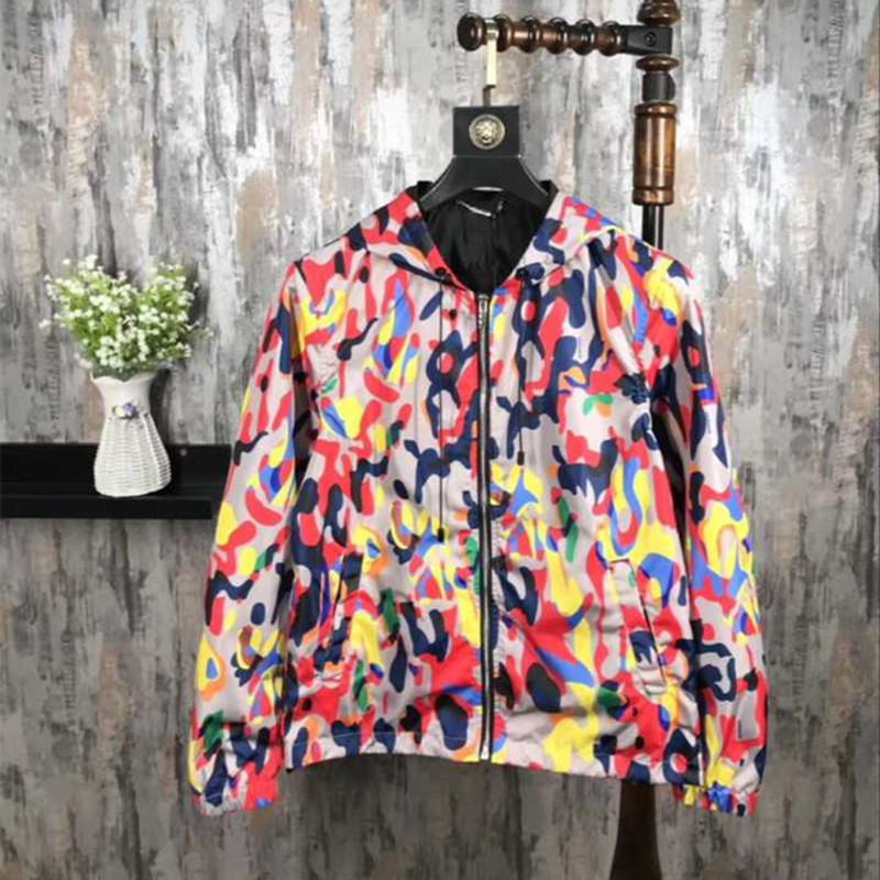 2018 Spring New Mens Jackets with Hooded Brand Design Show Style Boys Print Zipper Coats Autumn Man Clothing M-3XL Wholesale