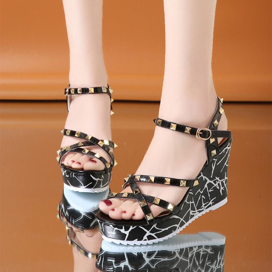 Summer Lady Fashion Wedge High Heels Sandals Elegant Rivets Women Heels Fashion Platform High Heels Wedge Sandals Female Shoes 7