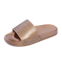 купить Women Slippers Summer Fashion Rhinestone Beach Slides Outdoor Home Flip Flops Sandals Women Slippers Casual Shoes Flat Slippers по цене 744.44 рублей