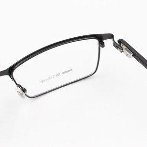 Image 2 - Monture de lunettes pour hommes P9960, en alliage de titane, cadre de lunettes lunettes pour hommes IP, matériau en alliage, monture complète, charnière à ressort