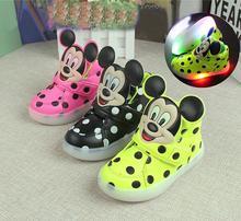 Новый милый мультфильм флэш-ребенок ребенок кроссовки микки стиль мышь dot непромокаемую обувь для 1-6yrs дети мальчик-девушки на открытом воздухе обувь горячие