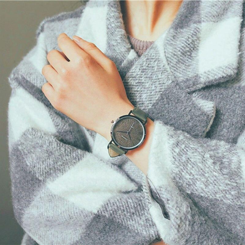 1 Pcs Women Men Couple Wrist Quartz Watch Round Alloy Case Fashion Casual Gift TC21