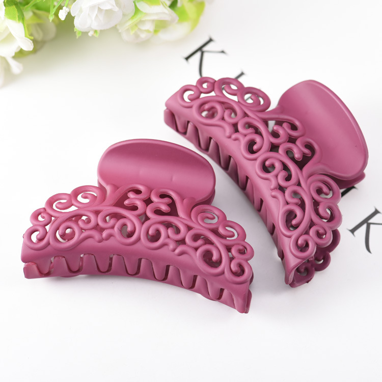 Plastic Hair Claw Clips Hollow Hair Crab Claw Hairdress for Women Girls Large Size Hair Clamps for Daily Bathing Washing in Women 39 s Hair Accessories from Apparel Accessories