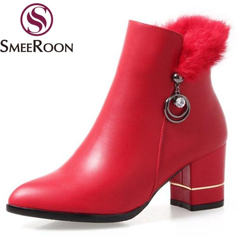Faux 2018 Talons Garder Cheville Au Pointu Med Bottes Avec Bout Chaussures Femme Red Fourrure Smeeroon D'hiver Bureau noir blanc Chaud Confortable YbIfgyvm67